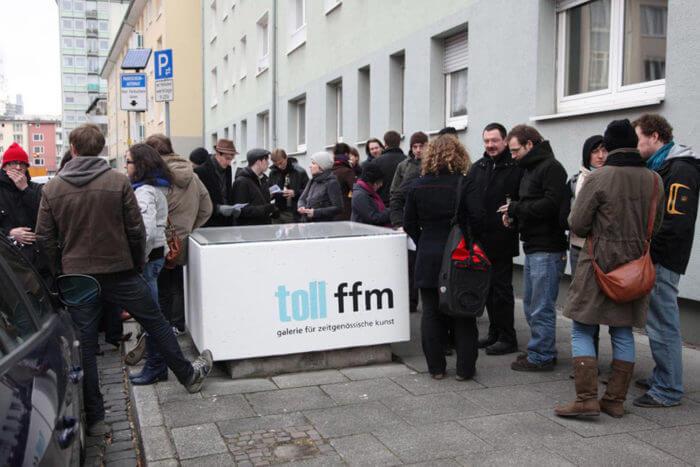 Fig. 4: toll ffm & toll mz & toll mvd: gallery project in Frankfurt, Montevideo & Mainz, 2008–2012 | Image: Irina Zikuschka & Raul Gschrey